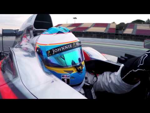 F1 2015 - McLaren Honda - Fernando Alonso on track in Barcelona with the MP4-30