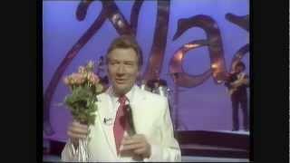 Max Bygraves - Love Songs Medley