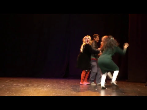ACTOS DE PAYASOS - MURO DE ESPUMA CIRCO TEATRO.mp4