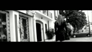 Watch Nicole Noche video