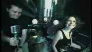 Watch Lindsay Robins Freaks video