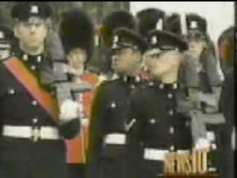 9/11 American National Anthem Buckingham Palace Video