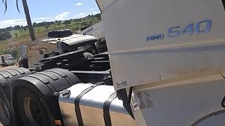 Vejam Este Caminhão - Sucata De R$100mil...Será Que é LIXO..???  - New FH 540 6x4 I-shift..do Ano