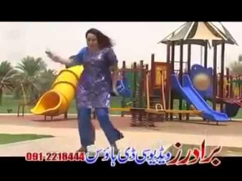 Nadia Gull Sexy Dance video