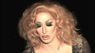 "Detox: ""I Look To You"" @ Showgirls!"