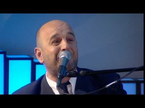 Elio Pace - I Can See Clearly Now (Live on 'Weekend Wogan' BBC Radio 2)