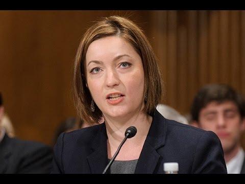 Canadian Doctor SAVAGES Senator On Healthcare
