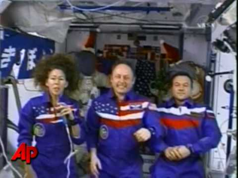ISS Astronauts Send New Year Message