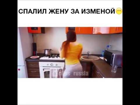 devushki-v-saune-bez-trusov