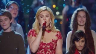 Kelly Clarkson Underneath The Tree Cautionary Christmas Music Tale