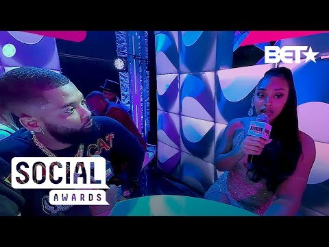 Patting Weaves, Black Girl Magic And Double Tapping! | BET Social Awards