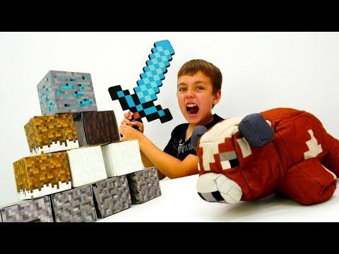 Ночная оборона лагеря Майнкрафт Лего со Стивом и Глебом.