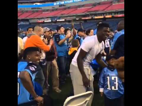 Kendall Wright & Justin Hunter's reaction to the Titan's picking Marcus Mariota