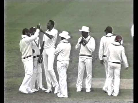 Curtly Ambrose and Patrick Patterson- AWESOME! Batsmen are Geoff Marsh, Dean Jones, Allan Border.