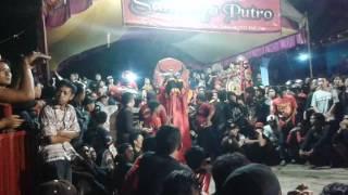 download lagu Samboyo Putro Lagu Suci Dalam Debe Voc. Wulan Live gratis