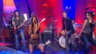 Miley Cyrus - Party In The USA - Alan Carr Chatty Man 2009