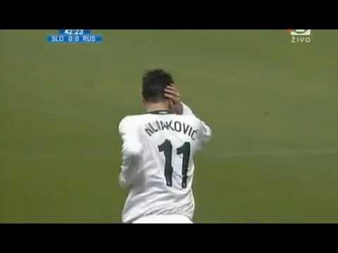 Malo vas je pičkice - Borut Pahor navijaško razpoložen