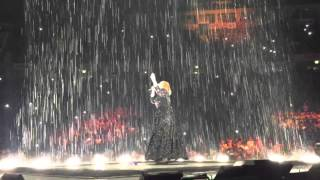 Adele Set Fire To The Rain Live At Manchester 8 3 16
