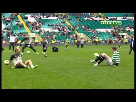 Celtic FC - Chris Draper v Dylan McGeouch at keepy-uppy