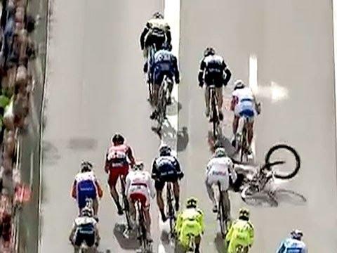 Mark Cavendish Crash Tour De France 2013 Stage 10