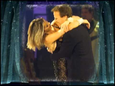 Ladies invite gentlemen dance – Alba Parietti & Christopher Lambert.avi