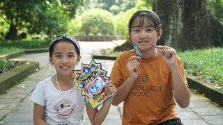 Câu Chuyện Hai Chị Em - Trò Chơi Ăn Kẹo Nổ Bị Mẹ Tịch Thu - MN Toys Family Vlogs