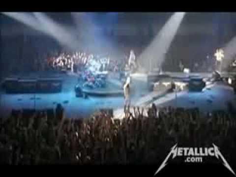 James Hetfield on Drums!! + Seek And Destroy [Live Copenhagen July 28, 2009]