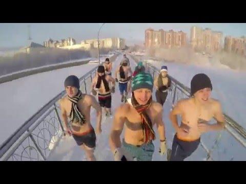 Юная русская дала свою жопу секса папе видео