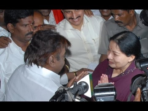 Jaya Vijayakanth war of words in TN Assembly!!