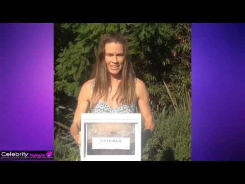 Hilary Swank - Ice Bucket Challenge