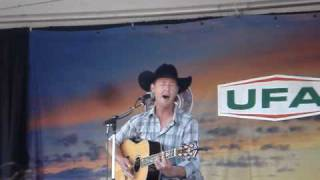Watch Paul Brandt Didn