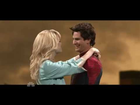 SNL Andrew Garfield - Spiderman Kissing Scene