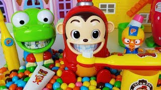 Pororo,Crong,Pinkfong Baby Shark teeth and Cocomong Tooth Brush Play set toys baby doll play - 토이몽