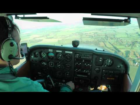 Cessna 172 captured by the crosswind gust right before landing from the cockpit