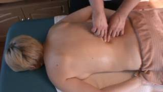 Effective myofascial back massage (ASMR)