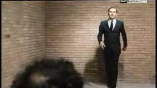 Indagine su un cittadino al di sopra di ogni sospetto (1970) - Official Trailer