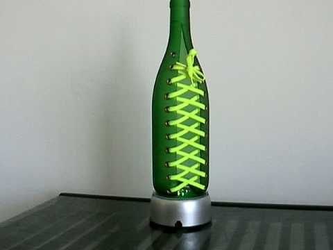Glass bottles cutting art shoelace 1 youtube for Glass cutter to make glasses from bottles