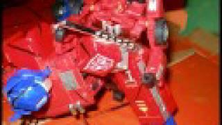 "Optimus Prime Vs. Megatron Stop Motion ""The Touch"" 1986 Movie"
