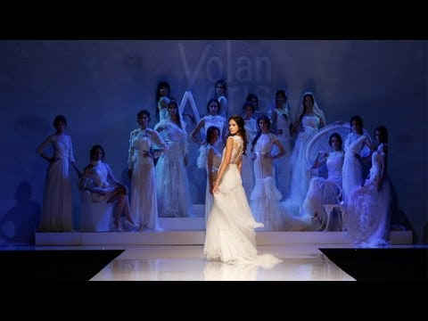 "YolanCris 2013 fashion show ""Seven Promises"""