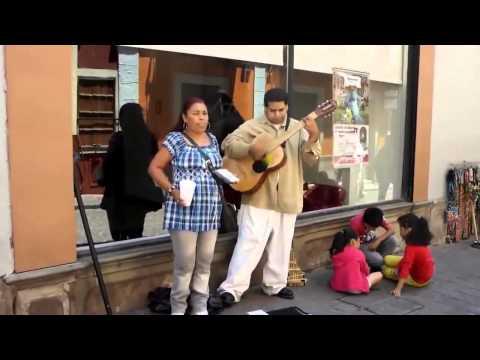 La shakira de guanajuato sigue sorprendiendo con su voz