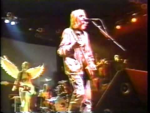 Nirvana - 4/8/94 MTV News Report on Kurt Cobain's Death Live as News Unfolded ( Pt.1&2)