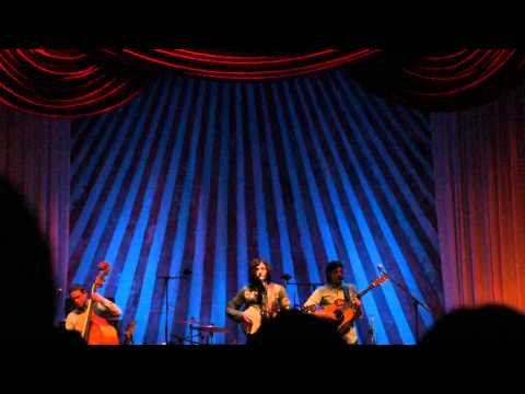The Avett Brothers - The Lowering A Sad Day In Greenvilletown