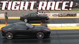 Jaguar F-Type vs Mustang 5.0 - 1/4 Mile Drag - TIGHT RACE!