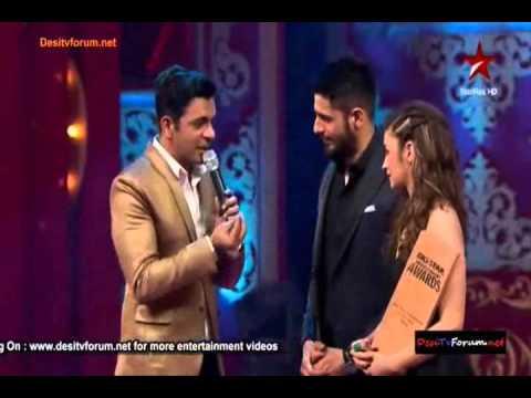 Sidharth Malhotra & Alia Bhatt winning