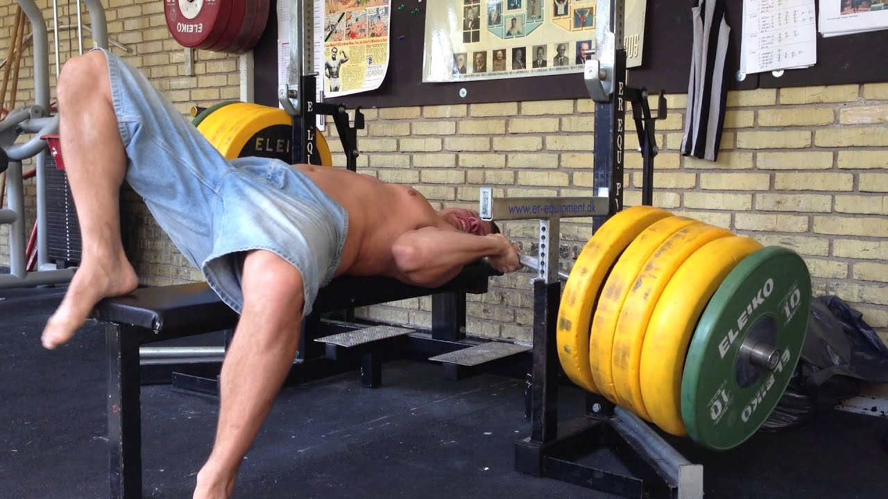 the single dumbest way to bench press