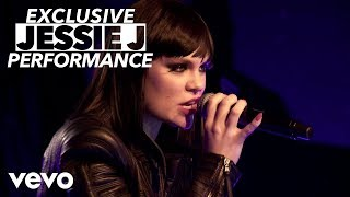 Watch Jessie J Mamma Knows Best video