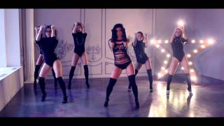 Go-go Strip (Bololy Dance)