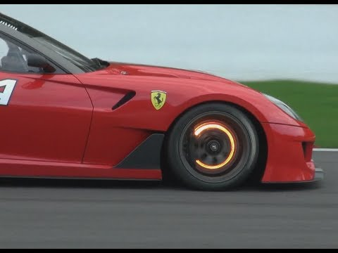 Ferrari 599XX glowing brake disk + downshifts !!!