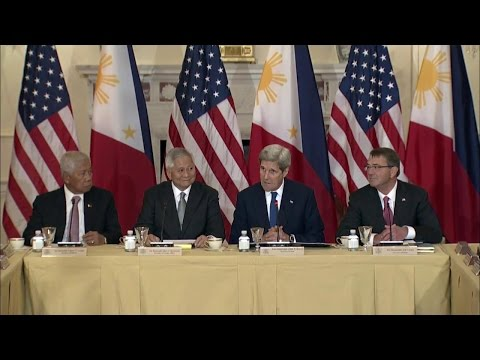 U.S. Secretaries Kerry and Carter Meet with Filipino Counterparts