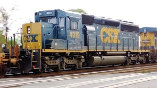 EMD SD40-3 Unit Trailing on Big Fast CSX Train 4K UHD